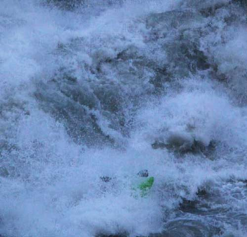 kayaking-Rondu-Gorges